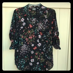 Butterfly and flower NY&Co blouse w/ 3/4 sleeves M